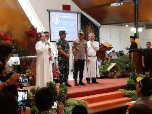 Panglima TNI dan Kapolri natal