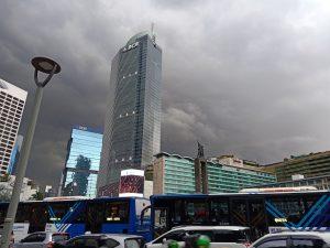 Cuaca mendung Berawan Jakarta