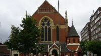 Gereja di Inggris.